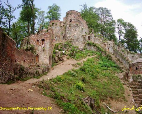 قلعه رودخان - نمای 1